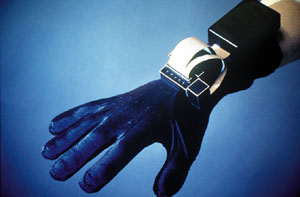 5th Dimension Technology Glove